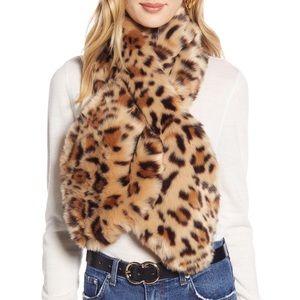 Halogen Leopard Print Faux Fur Pull Through Scarf